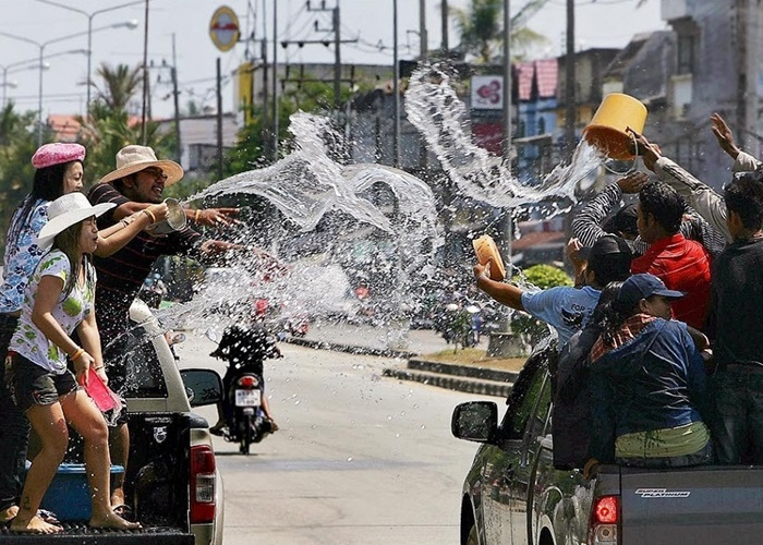 Сонгкран – тайский Новый